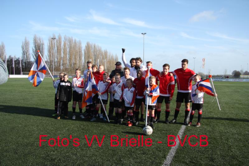 VV Brielle – BVCB eindigt in een gelijkspel (1-1) (Incl Foto's)